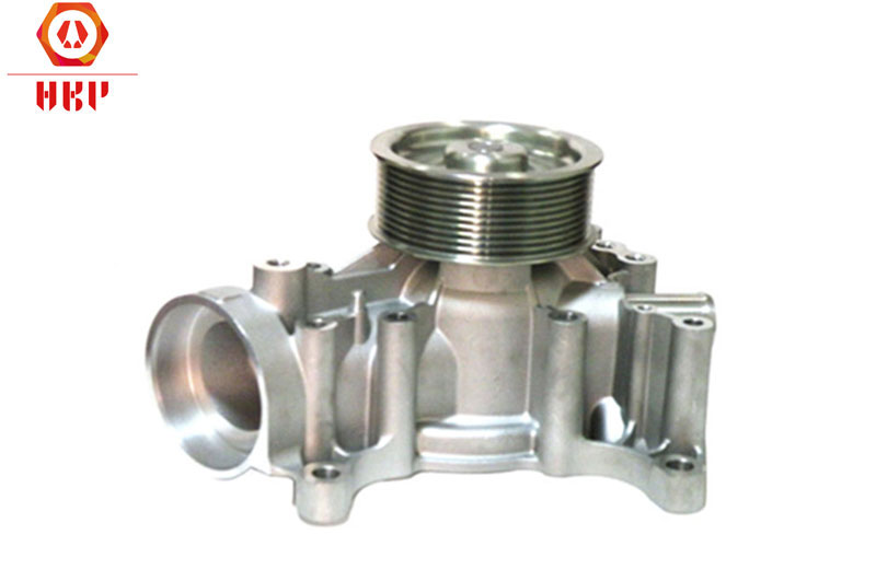Cooling Water Pump 04901740